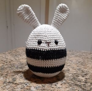 Other - Knitted bunny decor